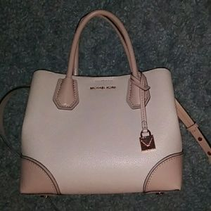 Michael Kors Mercer Medium Leather Satchel